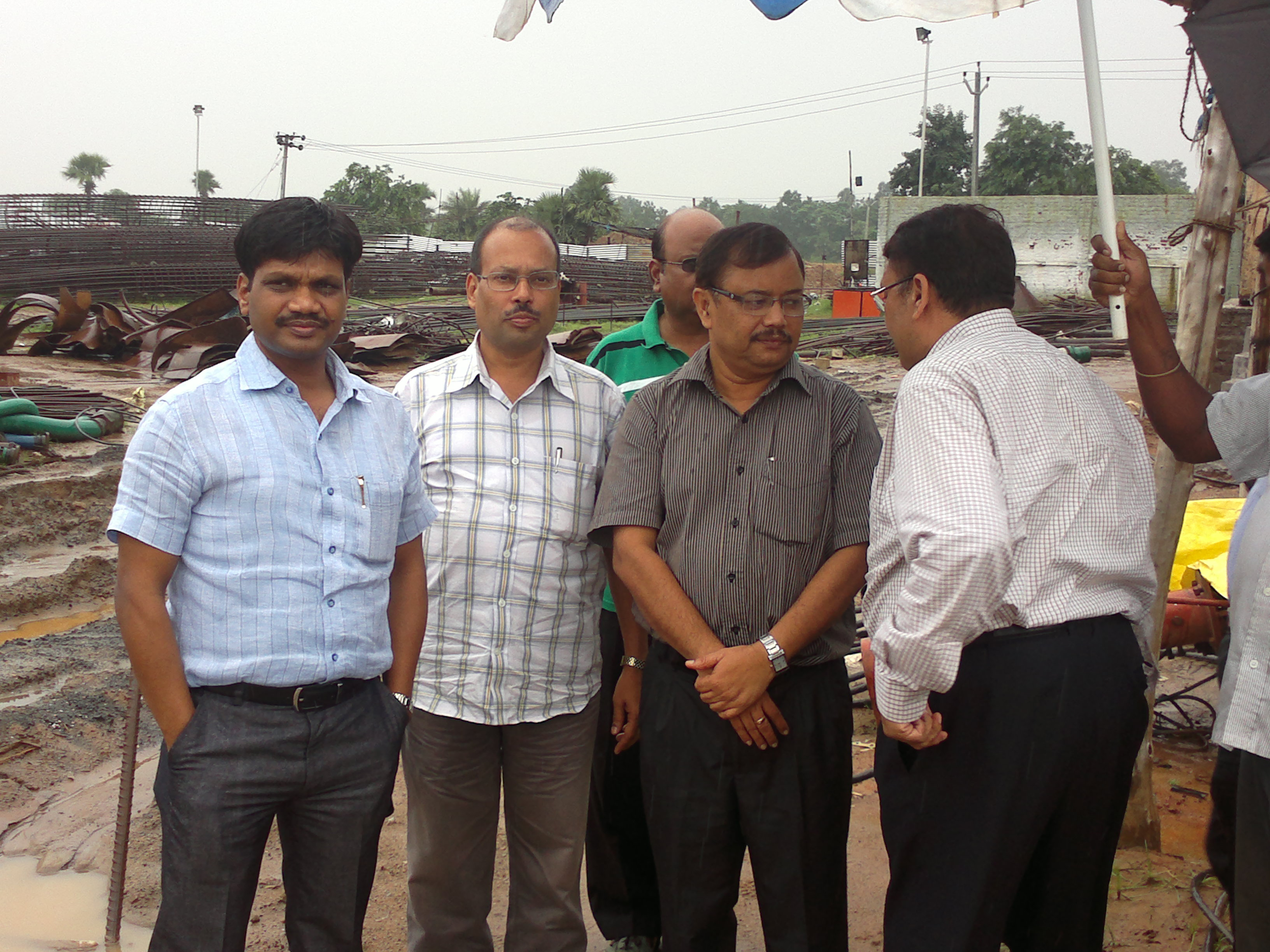 Visit of MD/ASRL with Commissioner Rail Co-ordination/Govt of Odisha and CPM-III, RVNL to Anghul-Sukinda Rail Line site. They held a meeting with Dr A. Padhi, IAS, RDC and Sri A. Agarwal, IAS on 18 Aug 2012